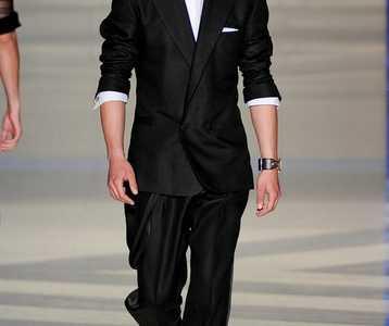 范思哲男士西装 范思哲西服定制男士西装图片