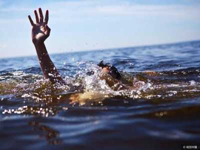 梦见自己溺水 梦到自己或别人溺水