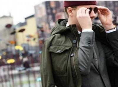 针织衫男装 时尚潮流?#21738;?#35013;都具备哪些特点