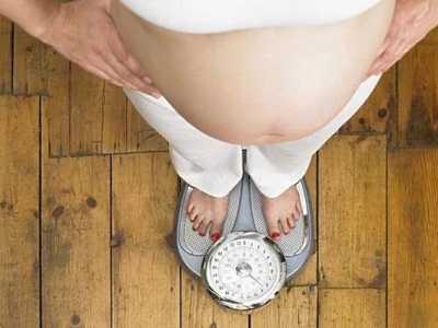 如何控制腹中宝宝体重 如何了解胎儿在腹中是否正常