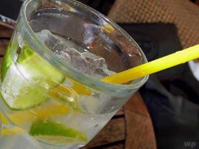 蜂蜜柠檬水减肥吗 饮用柠檬水可以减肥吗