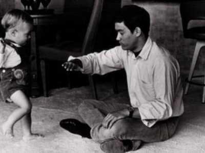 李小龙儿子李国豪 李小龙和儿子的11张珍贵合影