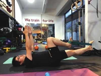 如何正确体育锻炼 如何正确开始力量训练