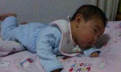宝宝什么时候会翻身 否则意外不知什么时候降临