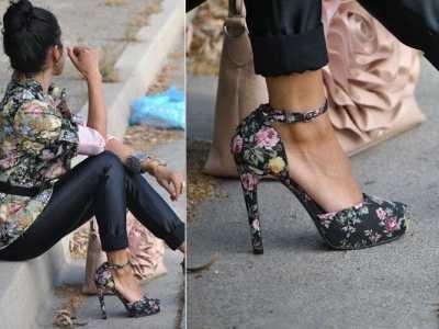衣服鞋子搭配 花鞋子怎么搭配衣服