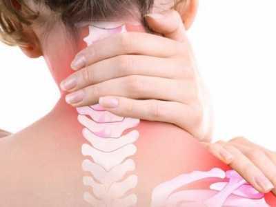 颈椎病的症状及治疗 每天五分钟坚持半个月