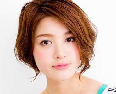 中短头发怎么扎好看 简单好看的中短发扎发图解